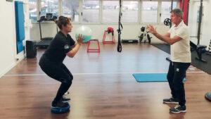 La campionessa olimpica di skeet Chiara Cainero in allenamento su discosit sotto l'attento sguardo del prof. Fabio Partigiani. Foto Fitav